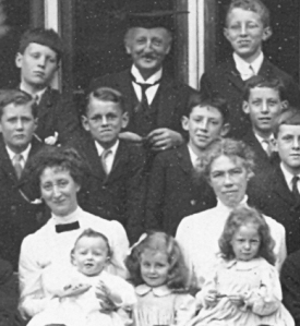 Old School House in 1912 with housemaster Mr Wynne Willson.