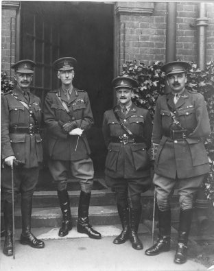 Lodge, far left, with Strickland, Gordon and Jickling, officers of the Norfolk Regiment