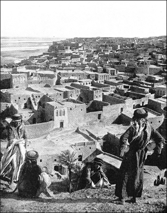 Tekrit (Tikrit) in 1914, the River Tigris in the distance
